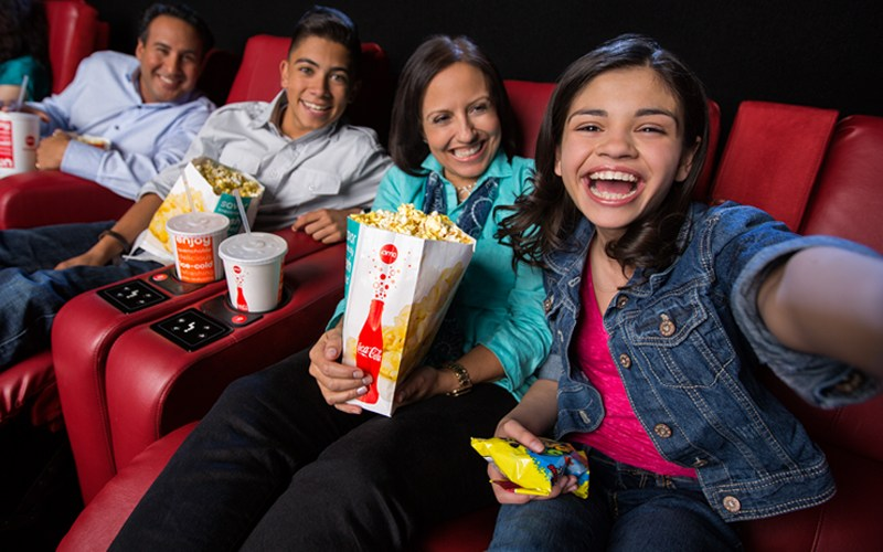 Five Tips to a Family Movie Night Out on a Budget (+ $50 AMC GIFT CARD GIVEAWAY!)