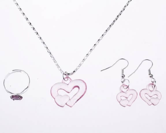 15 Valentine's Day Gift Ideas for Girls {under $10}