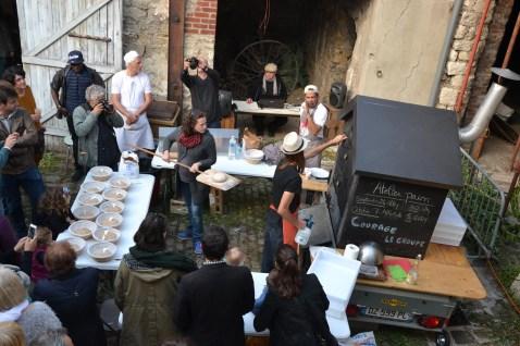 atelier_pain_bio_four_a_bois_val_de_marne_courage_le_groupe_pizzas_jardinage
