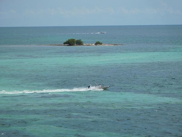 Bateaux à Bahia Honda dans les îles Keys de Floride