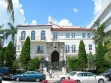 Maison de Versace Miami Beach