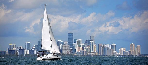 Miami Downtown depuis la baie de Biscayne