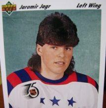 Jaromir Jagr se laisserait repousser les cheveux pour terminer sa carrière avec la Même coupe Longueil qu'à ses débuts !