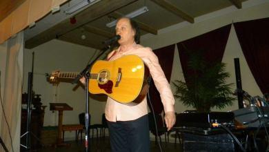 Photo of Raphael Torr présentait son Hommage à Joe Dassin au Club Canadien Français de Lake Worth