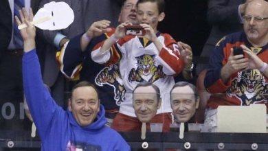 Photo of Kevin Spacey est venu soutenir les Florida Panthers (Hockey)