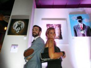 Edouard (restaurant Le Rendez-Vous) et Lola (agent d'artiste) lors de la soirée vernissage de VOID à Palm Beach.