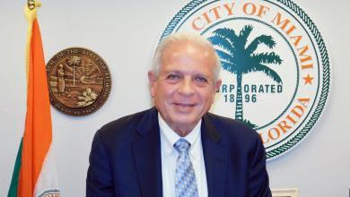 Photo of Tomás Regalado : «Miami a un avenir !» Mais le maire fait part de ses craintes sur Trump, Clinton, les armes à feu et la montée des océans