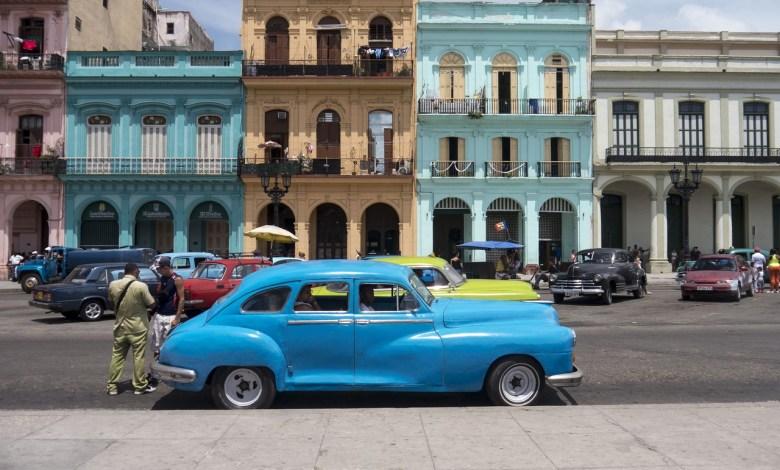 Vieille voiture à La Havane (Cuba)