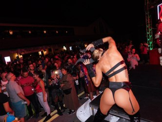 wicked-manors-wilton-manors-halloween-20169420