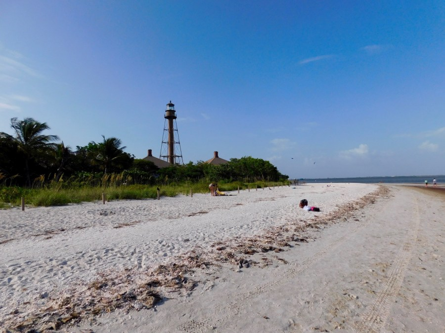Plage et phare de Lighthouse Beach sur l'île de Sanibel (Floride)