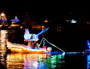 Schooner Wharf Bar & Gallery Lighted Boat Parade