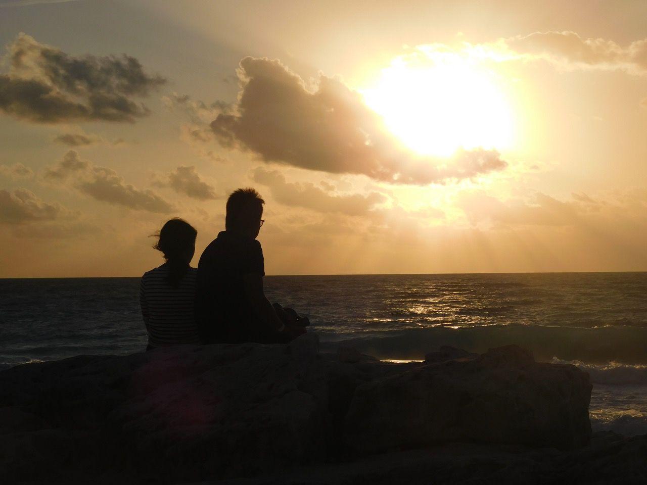 Lever de soleil sur la plage de Cancun au Mexique
