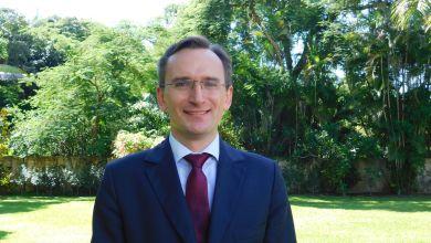Photo of Consul de France à Miami : «Nous espérons que le festival Tout-Monde sera le premier d'une longue série»