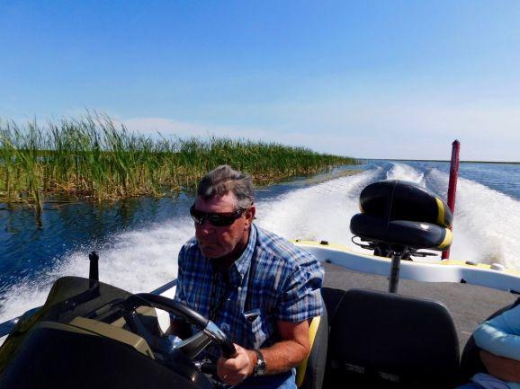Captain Robert Power sur le Lake Okeechobee à Moore Haven en Floride