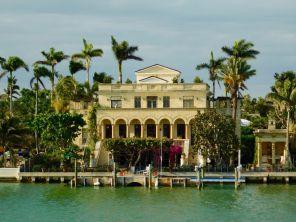 Les îles entre Miami et Miami Beach