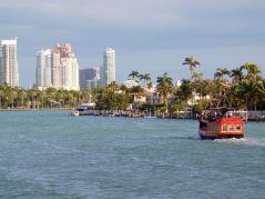 Iles dans le baie de Biscayne entre Miami et Miami Beach