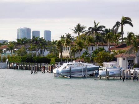 Miami Beach au coucher du soleil, depuis la baie de Biscayne (entre Miami et Miami Beach)