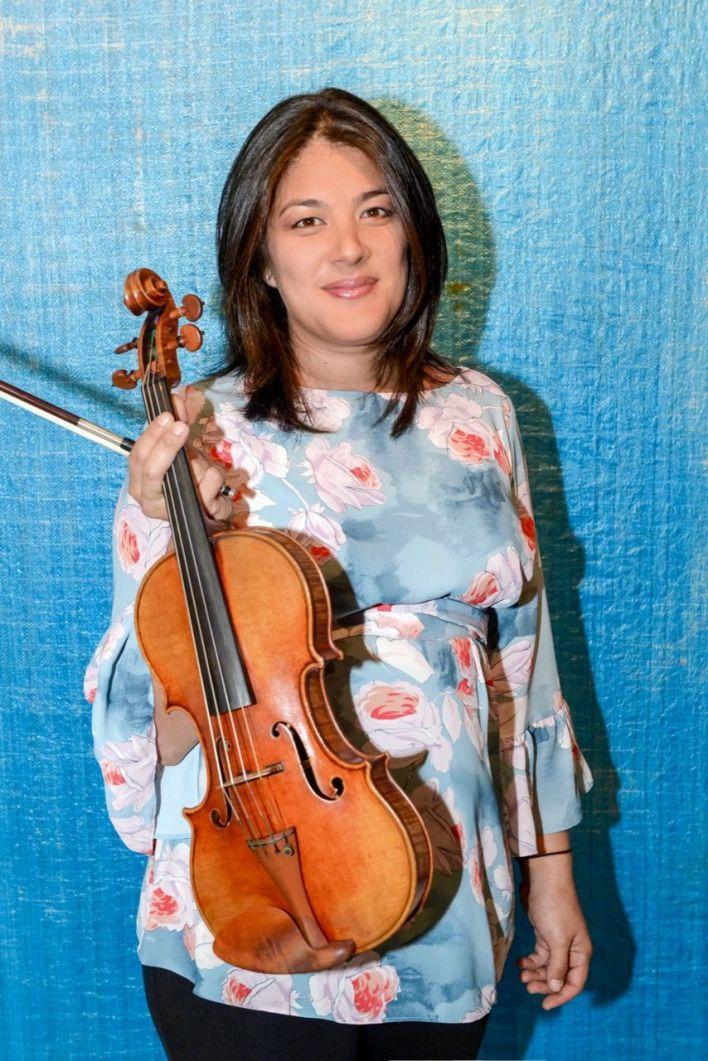 Anne Chicheportiche, violoniste et fondatrice de Musimelange : les concerts de musique de chambre à Miami.