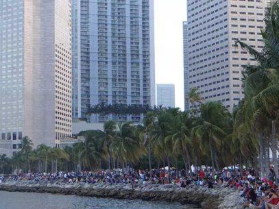 Feu d'artifice au BayFront Park de Miami pour le 4th of July