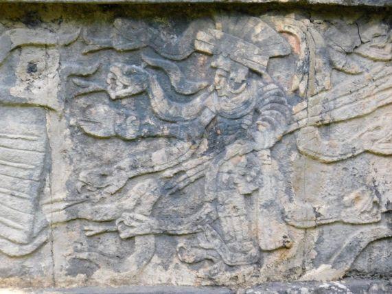 Chichen-Itza-Pyramide-Maya-Yucatan-Mexique-9872