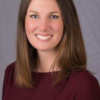 Meghan Gale, directrice exécutive de la FASM (et aujourd'hui de l'AF) est directrice exécutive de l'Alliance Française de Miami