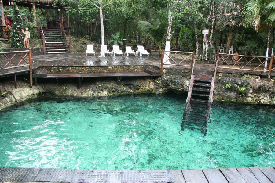 La cenote Zacil-Ha de Tulum au Mexique