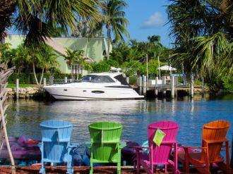 Maisons sur les rivières dans le quartier de Coral Ridge à Fort Lauderdale en Floride