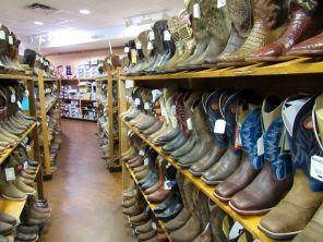 Bottes dans le magasin cowboy/western Grifs à Davie en Floride.