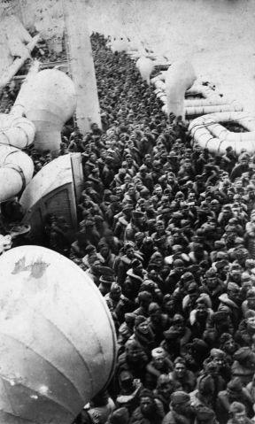 Des Floridiens embarquant à New-York City pour se rendre au front en 1918.