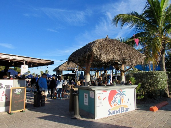 SandBar, le tiki bar d'Englewood Beach