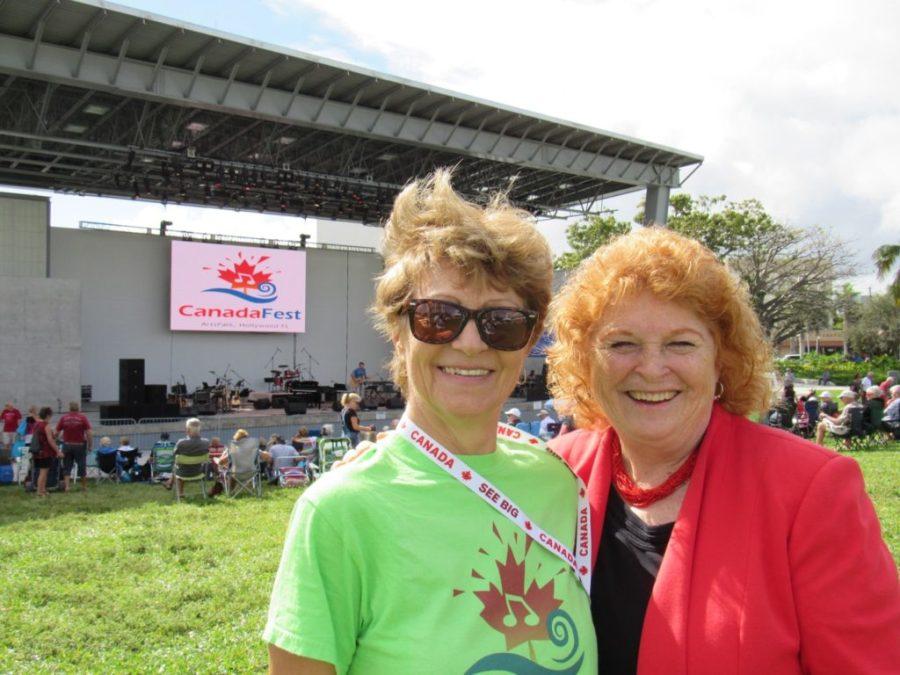 Denise Dumont (directrice du Soleil de la Floride) et Susan Harper (consule générale du Canada à Miami) durant CanadaFest 2019 à Hollywood en Floride