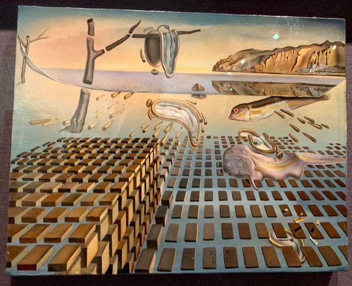 La désintégrtion de la persistence de la mémoire (Savador Dali Museum de St Petersburg)