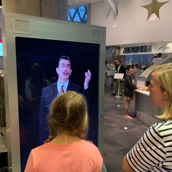 """Venez discuter avec le """"vrai"""" Salvador Dali au Les Rêves de Dali : une expérience en 3D au Museum de St Petersburg en Floride"""