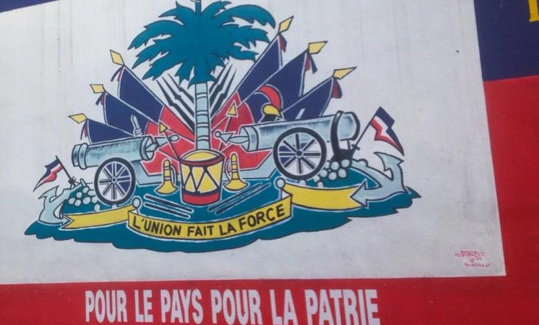 Le drapeau Haïtien en peinture murale.