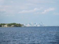 Vue sur Miami depuis la Plage du Matheson Hammock Park - Coral Gables - Miami - Floride
