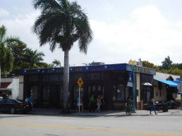 Restaurants et boutiques sur Atlantic Blvd Delray Beach - Floride