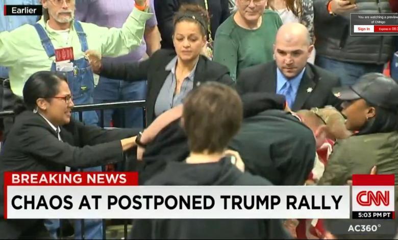 Violences alors de la réunion publique de Donald Trump à Chicago Illinois.