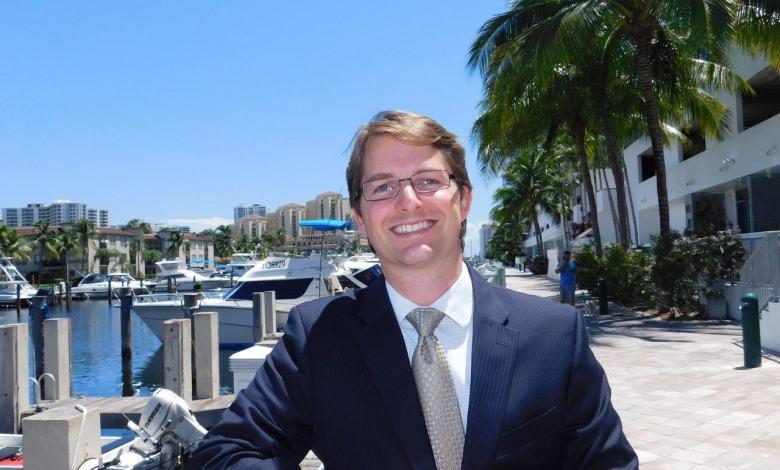 Florian Dauny, avocat d'immigration français aux Etats-Unis