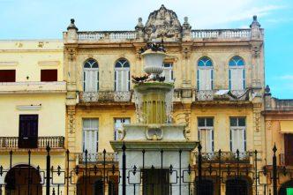 Plaza Vieja - Habana Vieja La Havane - Cuba