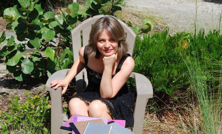 Lorelei Zarifian, écrivain en Floride