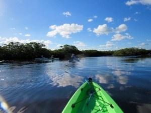Kayak et canoë au John Pennekamp park de Key Largo, en Floride.