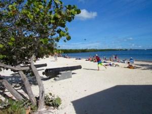 Plage de Cannon Beach au John Pennekamp Coral Reef State Park / Key Largo en Floride