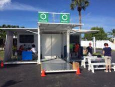 La vitrine mobile de la Desjardins Bank en Floride