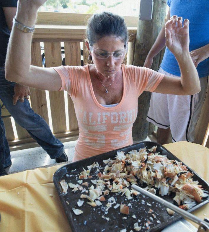 Concours de mangeage de Stone Crab