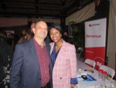Karen François Céant (directrice de Natbank Hollywood) avec Denis-Antoine Hérault (Collectif coopération export Martinique (CCEM).