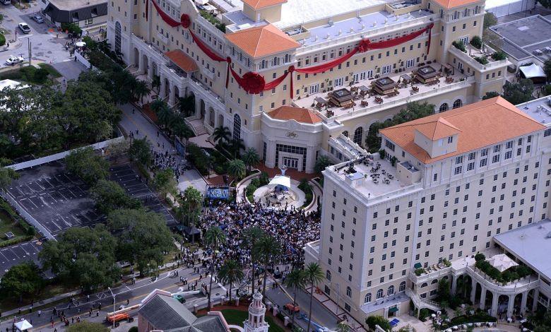L'inauguration du siège de la Scientologie à Clearwater en Floride le 17 novembre 2013.