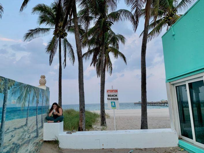 Plage fermée à Lauderdale-by-the-Sea