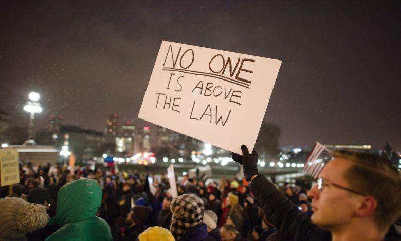 Les avocats français à La Nouvelle-Orléans et tous les attorneys francophones en Louisiane, spécialisés en droit de l'immigration, accidents, famille, affaires...