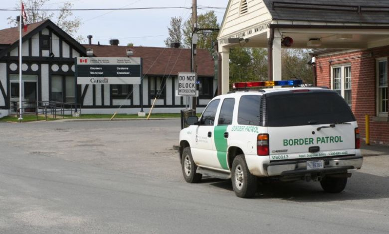 La frontière terrestre Canada-USA restera fermée au moins jusqu'au 21 novembre