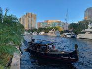 """Gondole dans le centre de Fort Lauderdale, la """"Venise de l'Amérique"""""""